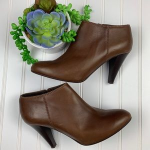 🌵J. Crew Brown Italian Leather Heeled Booties 8.5